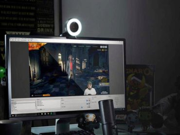 Razer's Webcam Makes You Look Cooler In Your Twitch Streams