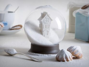Snow Globes With A Hint Of Holiday Sweetness