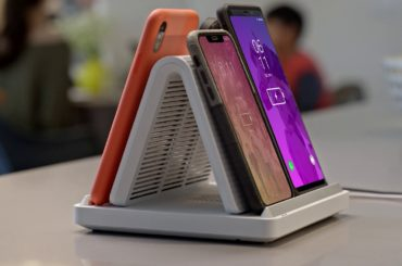 DESKTOP WIRELESS CHARGER FOR THE ENTIRE FAMILY