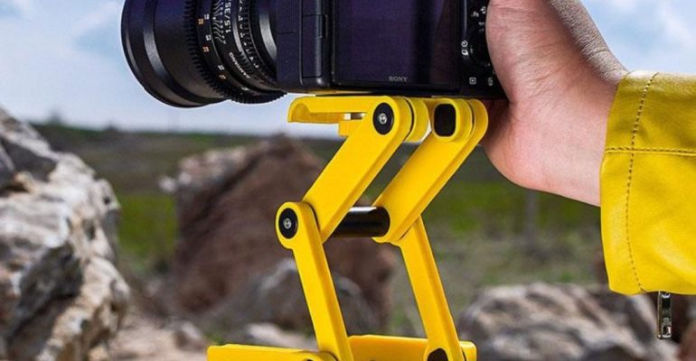 TRIPOD FOR YOUR KNEES COMING UP TO SAVE YOUR DAY