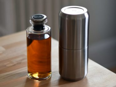 TRAVEL SAFE WITH THIS COOL DECANTER