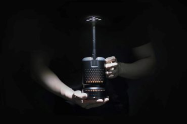 THIS LAMP WORKS WITH YOUR EVERY DAY COOKING OIL