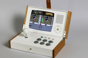 RETRO ARCADE GAMING CONSOLE FOR A GIFT