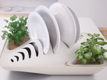 DISH RACK THAT IS BEST AT RECLAIMING WATER