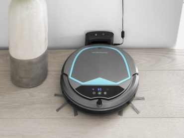 SMARTER ROBOT VACUUM THAT HAS AN IQ