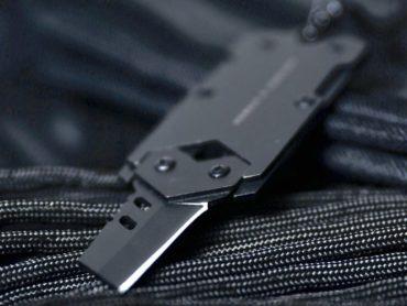 THE POCKET KNIFE THAT LOOKS LIKE A DOG TAG