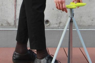 WALKING CANE BECOMES A STOOL IN A SNAP