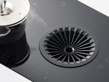 COOK TOP HOOD: INTEGRATED AND HIDDEN INTO THE RANGE ITSELF